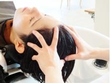 最新のマッサージ技術と保湿効果で頭皮が驚くほど柔らかくほぐれる『EraLヘッドスパ』西梅田で唯一の導入★