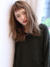 Ruiスタイル急上昇オン眉バングとろみスモーキーベージュミディ .29