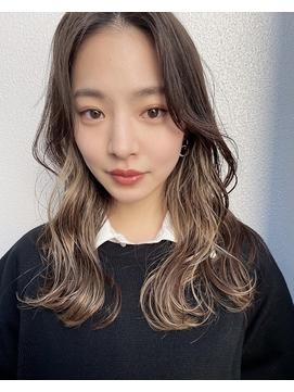 韓国風前髪なしのロングレイヤー×インナーカラー 大宮
