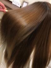 【Aujua取扱いサロン】髪質や理想の仕上がりに合わせて選べるトリートメント◎なめらかな指通りを体感♪