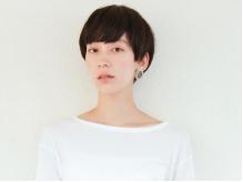 シンプルなショートヘア、人とはちょっと違う自分らしいトレンドヘアに☆