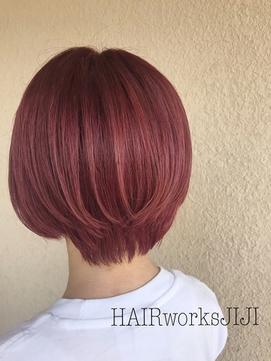 ショートヘア×ローズピンクカラー