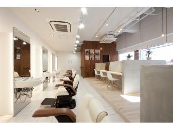 ディライトヘア 六甲道店(DELIGHT HAIR)