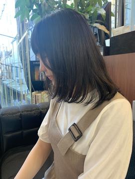 黒髪ボブ/前上がり/肩下ボブ/ロブ/ワンカール/ツヤ髪/ミディアム