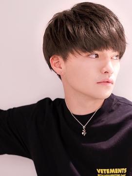 【2019年メンズ髪型】韓流ナチュラルソフトアシメマッシュ
