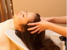 ≪汗をかいたらヘッドスパでスッキリ♪≫髪に必要な油分と水分のバランスを整え、頭皮環境から髪質改善!