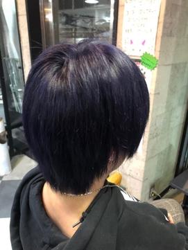 黒に近い紫髪 ブラックパープルヘアカラー