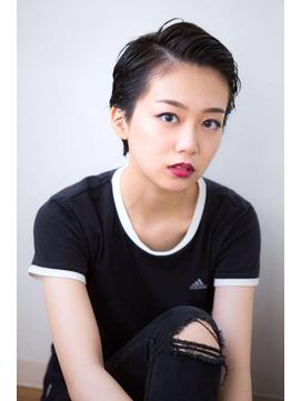 【aRietta 秋山すみれ】アップバング×艶黒髪