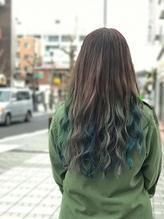 《佐藤style》ビビットインナーカラー☆緑&銀&青紫ミックス .25