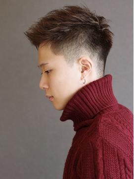 【ポルテオム】刈り上げフェードアップバングメッシュ短髪束感