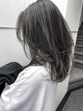 【peony】ハイライトシルバーグレージュ+ウルフカット福岡/西新