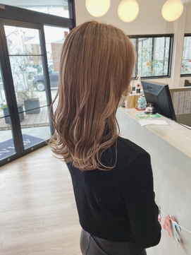 ミルクティブラウン×艶髪×髪質改善×ヨシンモリ 巻き方