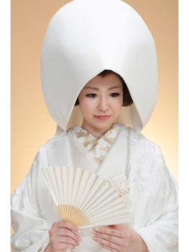 白無垢・カツラ・綿帽子