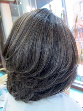 グレイヘア(白髪染)のイルミナカラーアッシュベージュ