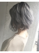 【Marlお客様スタイル】ホワイトアッシュのグラデーションカラー .15