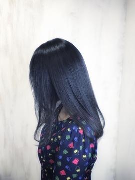 ジュエリーシステム×縮毛矯正で自然な艶髪ストレートヘア