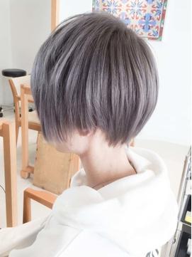 韓国マッシュツーブロックヘアハンサムショートアッシュカラー