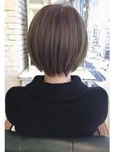 ショートカットが得意な美容師★メルトカラーの小顔ショートヘア マット.57