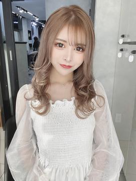 【regalo】透明感ミルクテーのモテ髪ミディアムスタイル