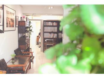 シェアサロン 南船場(SHARE salon)(大阪府大阪市中央区)