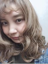 ジグザグバング☆ハイトーンアッシュベージュカラー☆3Dカラー.16