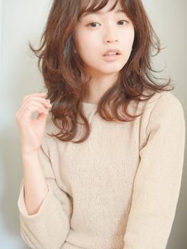 【逆三角形顔型カバー】甘×カジュアル