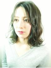 カラーだけでなく【デザイン+ヘアケア】をコンセプトに、髪をいたわりながらアナタの理想のスタイルに★