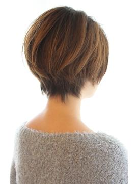 【30代・40代・50代】毛流れが綺麗なショートボブ