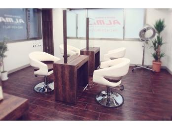 ヘアアンドメイク アルマ 東久留米店(HAIR&MAKE ALMA)