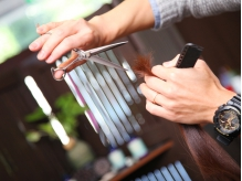 毛流れ・髪質・骨格…トータルで見て、創りこみすぎないスタイルを実現!サロン帰りのスタイルが長続き♪