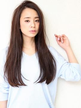 宝塚駅前【20代30代40代】前髪なしロングストレートアッシュ