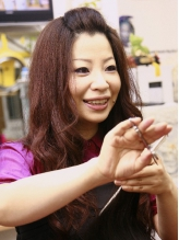 国際コンテストでも受賞経験のある大絶賛の指先!女性オーナーの『台湾仕込みの本格派ヘッドスパ』が人気。