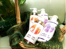 Jinaオリジナルヘアケアシャンプー 栄養豊かな天然由来成分