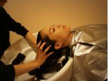 【谷町四丁目】髪の美しさを育む新メニューのAujuaスパ登場!半個室の空間で贅沢ヘッドスパを貴女に♪