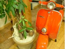 Vespaのスクーター。かわいい♪