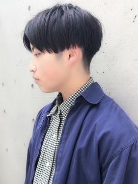 【BREEN原宿】刈り上げ高め×黒髪センターパートマッシュ