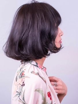 クールショートボブのバイオレットアッシュ[下北沢/髪質改善]