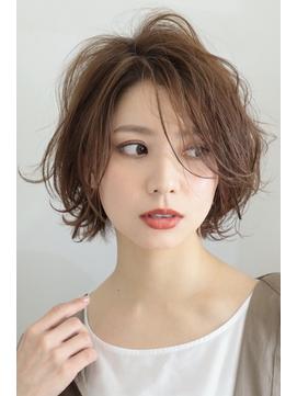 30代 40代 50代 ◎ 大人の立体感美髪ショート