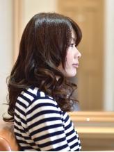 大人女性特有の髪の悩みに向き合い、一番似合う