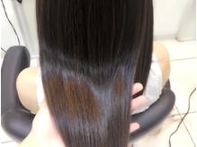 【アジュバン正規取り扱い店】ベテランスタイリストによるマイクロスコープ診断でヘアのお悩みを解消♪