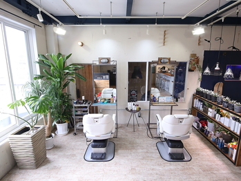 ヘアースタジオ カラフル(hair studio COLaFUL)(奈良県橿原市/美容室)
