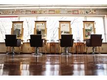 ヘアケアサロン トップハット(Hair care salon TOPHAT)の詳細を見る