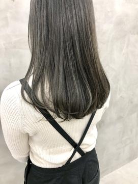 オリーブアッシュカーキグレージュハイライトカラー(徳竹)