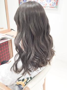 ミルクティーアッシュベージュ3Dカラー☆ブリーチWカラーモード
