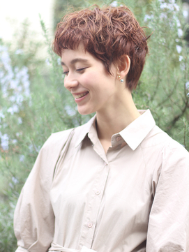 クセ毛は活かす 直毛さんはピンパーマで作るフレンチショート