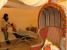 ヘッドスパ専用スペース完備。癒しとくつろぎを提供いたします