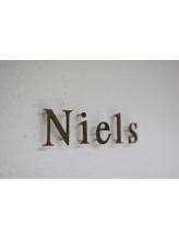 ニールス(Niels)