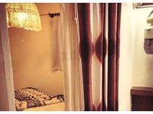 半個室空間でのエステルームあり
