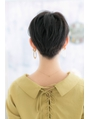 黒髪ベリーショートでクールフェミニンstyle