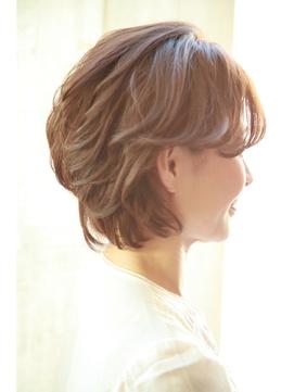 2■40代からのヘアスタイル~若々しく見えるサイド&バック~